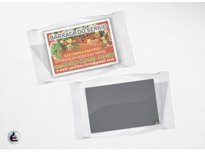 1.000 Ímãs de Geladeira 5x7cm Manta Magnética Total 0,3mm 4x0 Verniz Total Brilho Frente